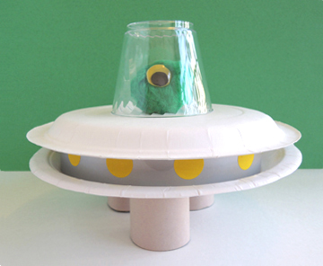 undecorated saucer