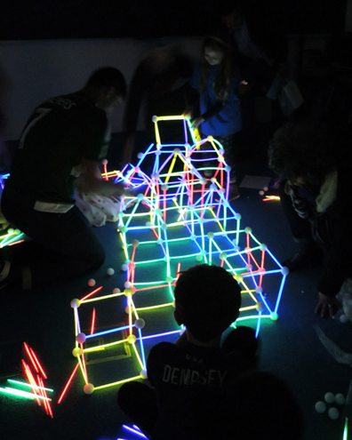 glow-in-the-dark geometry