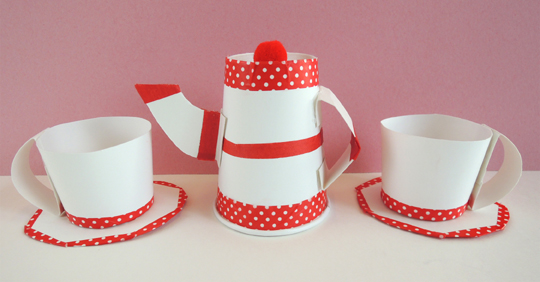 tea-pot-and-tea-cups