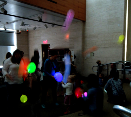 glow-balloon-party
