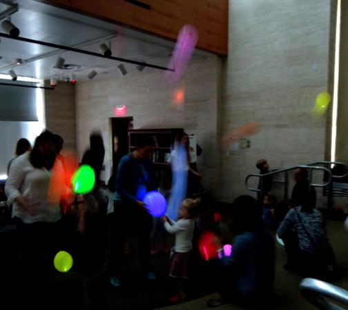 glow-balloon-party