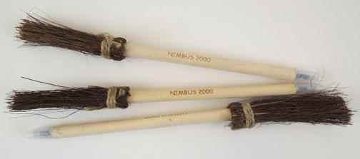 broom pens