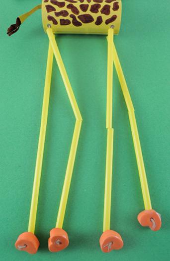 giraffe straw legs