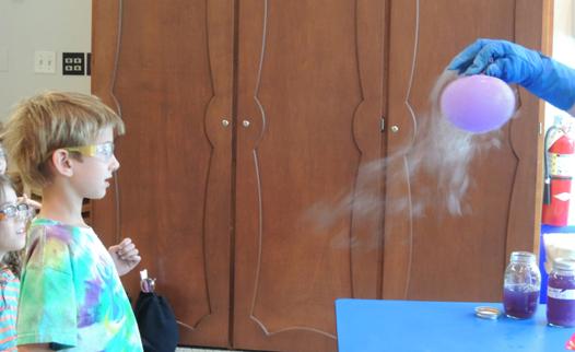 nitrogen balloon